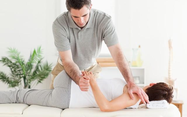 Cara Mengatasi Penyakit Kelainan Tulang Belakang