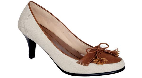 sepatu wanita branded